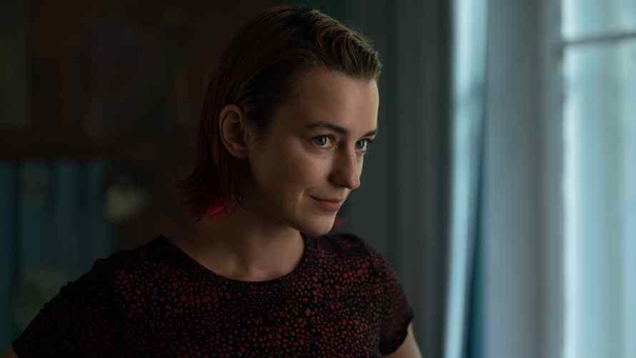 Open Your Eyes Cast - Klaudia Koścista as Iza