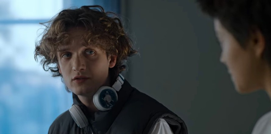 Open Your Eyes Cast on Netflix - Michał Sikorski as Pawel
