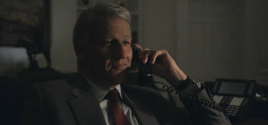 Impeachment: American Crime Story Cast - Clive Owen as Bill Clinton