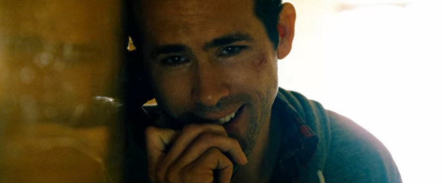 Safe House Cast - Ryan Reynolds as Matt Weston