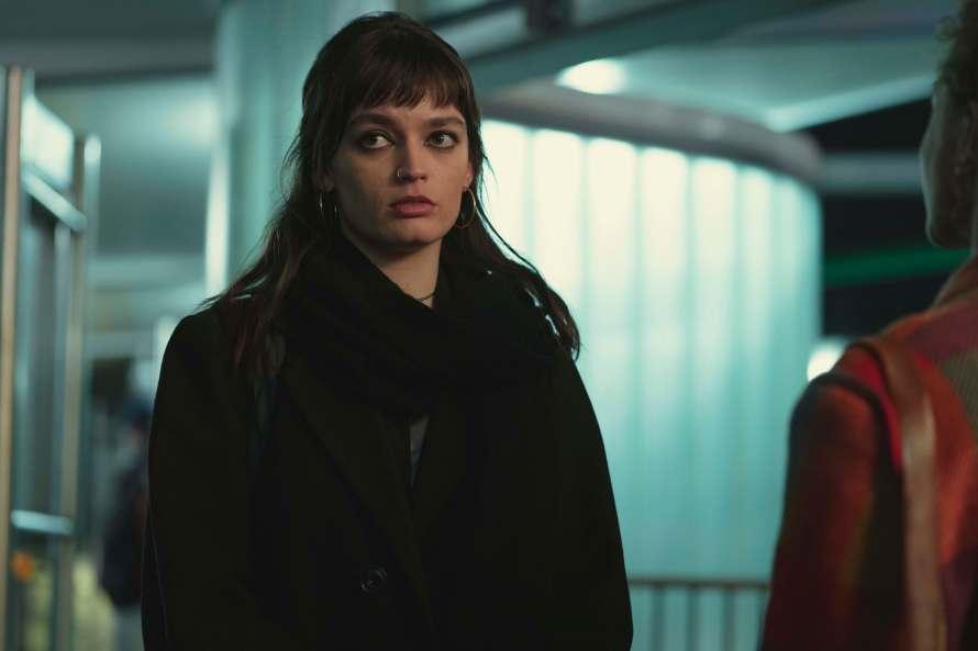 Sex Education Season 3 Cast - Emma Mackey as Maeve Wiley