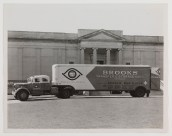 The society's collections arriving at Battle Abbey from its Franklin Street headquarters near Capitol Square in 1959. (2007.5.68)