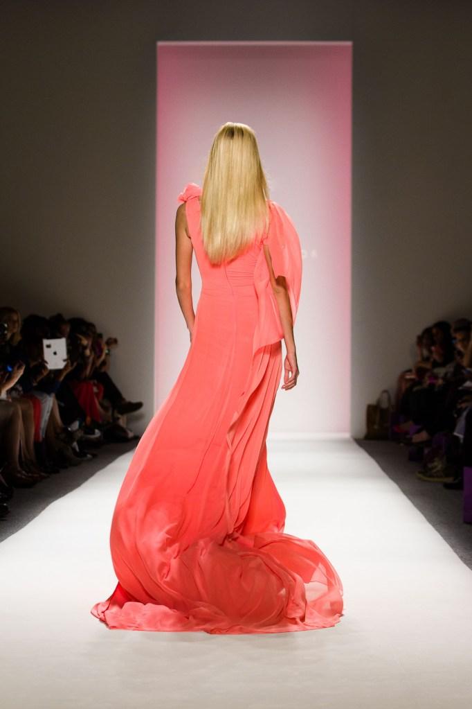 optimized-vail-fucci-237-Noon-by-Noor-spring-2013-Vail-Fucci-Kryolan-fashion-week-2350249