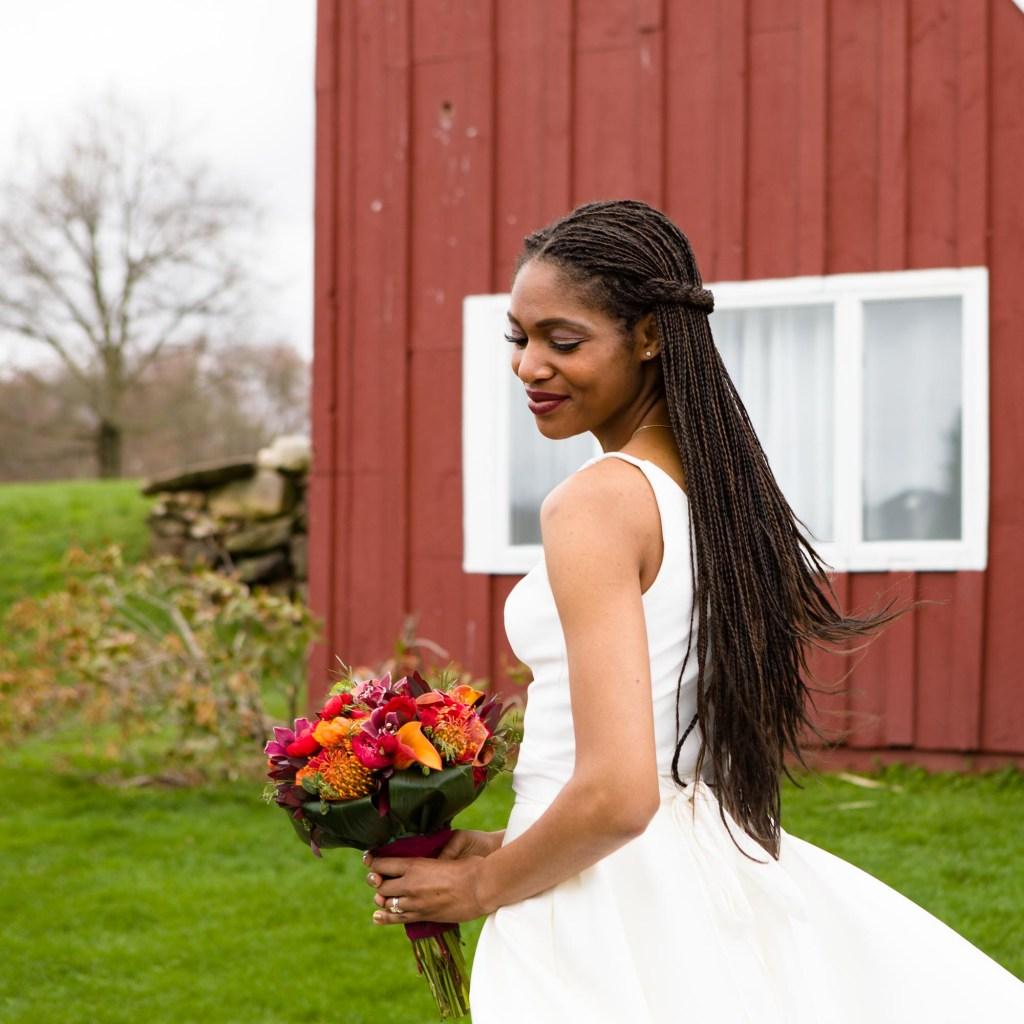 red-barn-hampshire-college-wedding-23