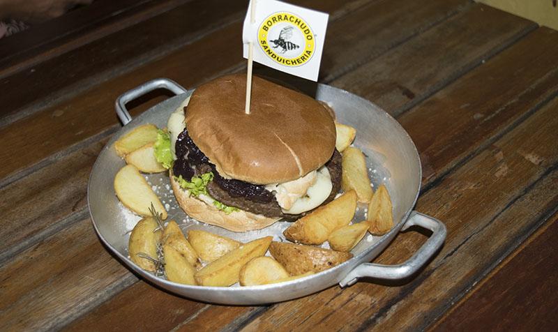 fim-de-semana-em-ilhabela-borrachudo-hamburgueria