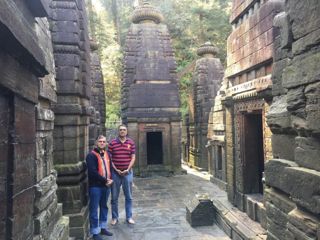 beautiful temples in Jageshwar