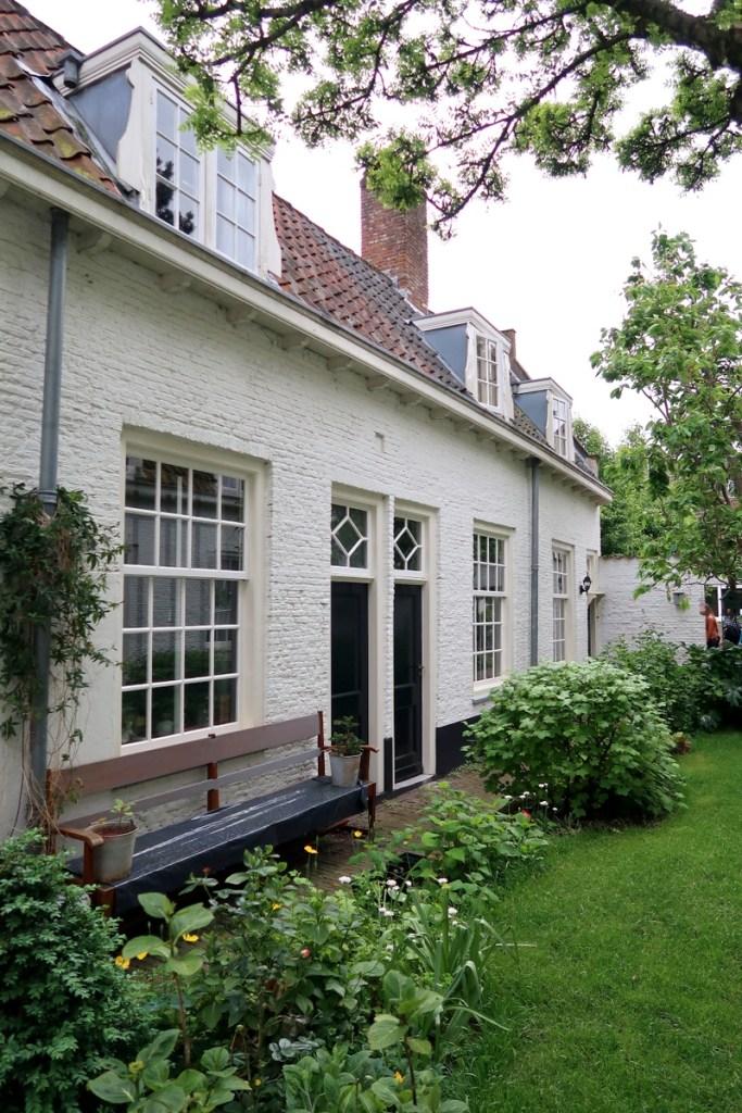 Leiden, hofjes, vakantaseren