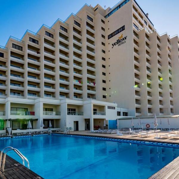 Hotel Yellow Monte Gordo Beach - Logies ontbijt