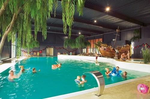 Binnenzwembad Landal Esonstad