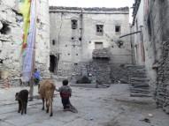 Im Dorfzentrum von Kagbeni (Grenze zum fuer Touristen schwer zugaenglichen oberen Mustang)