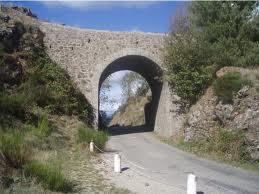 Pont moutonnier du col de l'Asclier