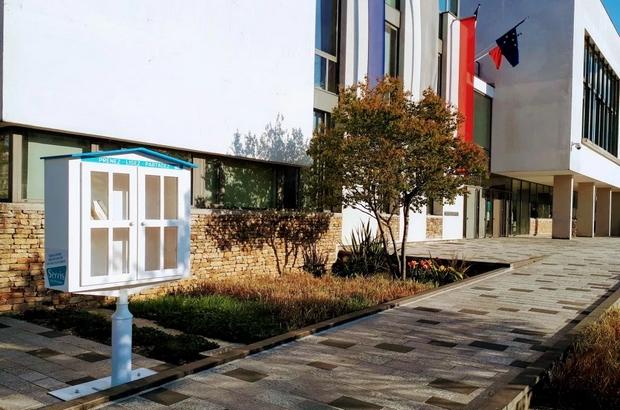 Serris ► Deux bibiothèques  de rue ont été installées dans la commune