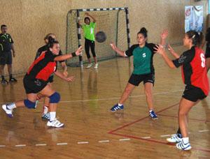 Fc-Hunedoara-Jiul-Petrosani-handbal-junioare-10