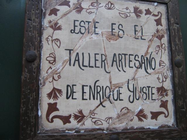 yuste sign