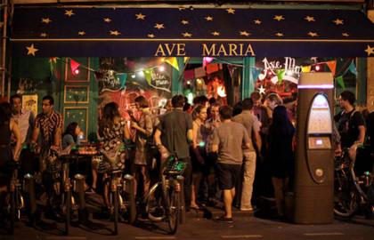 Ave-Maria-restaurant-oberkampf-630x405-C-OTCP-Amelie-Dupont-I_block_media_big