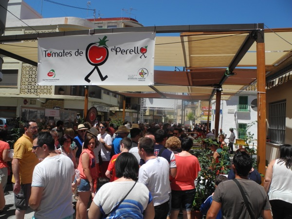 2015 Summer Festivals in Valencia: El Perrelló Tomato Gastronomic Fair