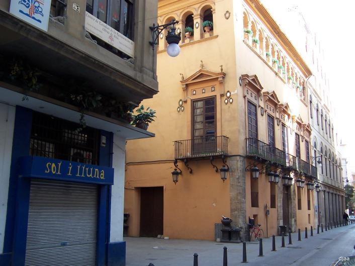 El Palacio de los Valeriola en la actualidad, C/La Mar. Fuente: jdiezarnal