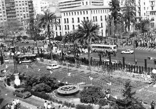 Foto de una panorámica tomada el 18 de marzo de 1986 desde el Puesto de Mando de Renfe, que entonces estaba en la terraza del edificio. Texto y foto de Esteban Gonzalo Rogel para la valenciablancoynegro.blogspot.com.es