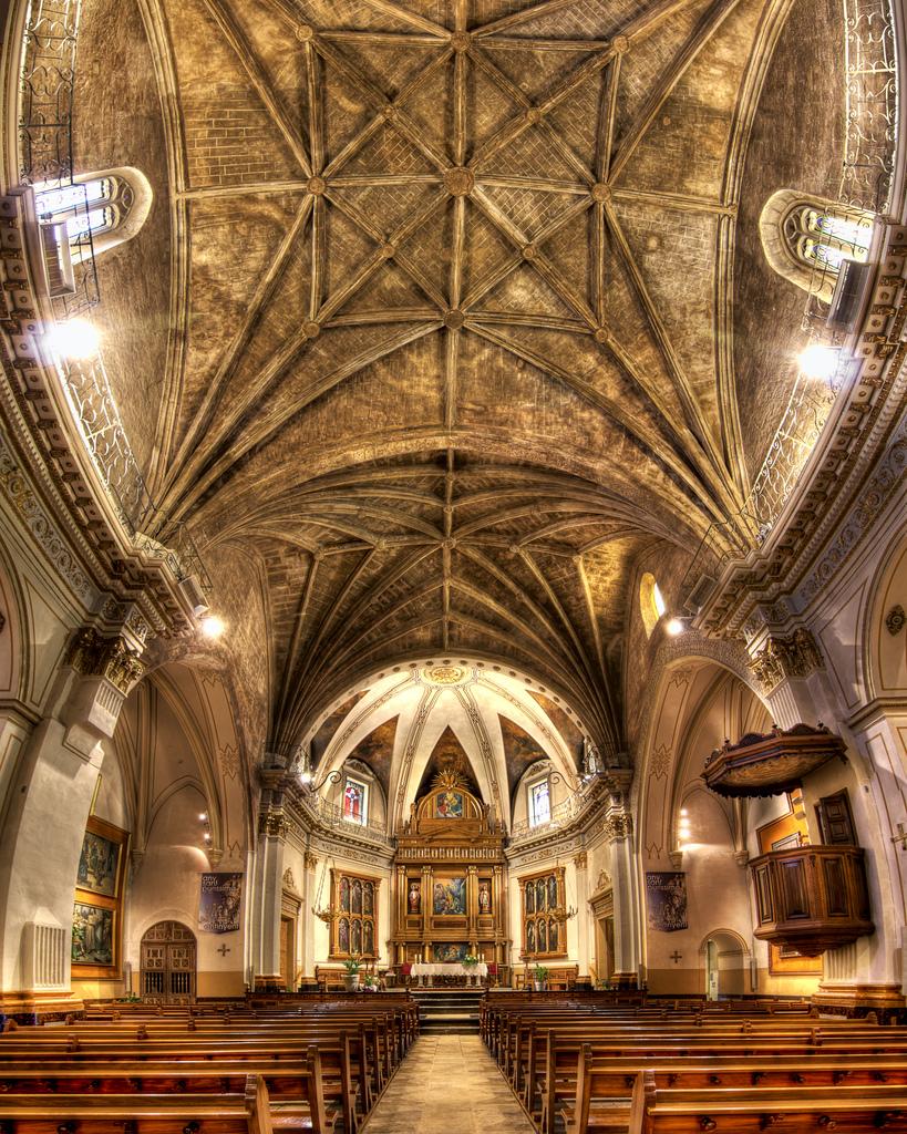 Iglesia Santa Maria de Ontinyent (Vectorama HDR) Fuente: decar66 (Ontinyent).