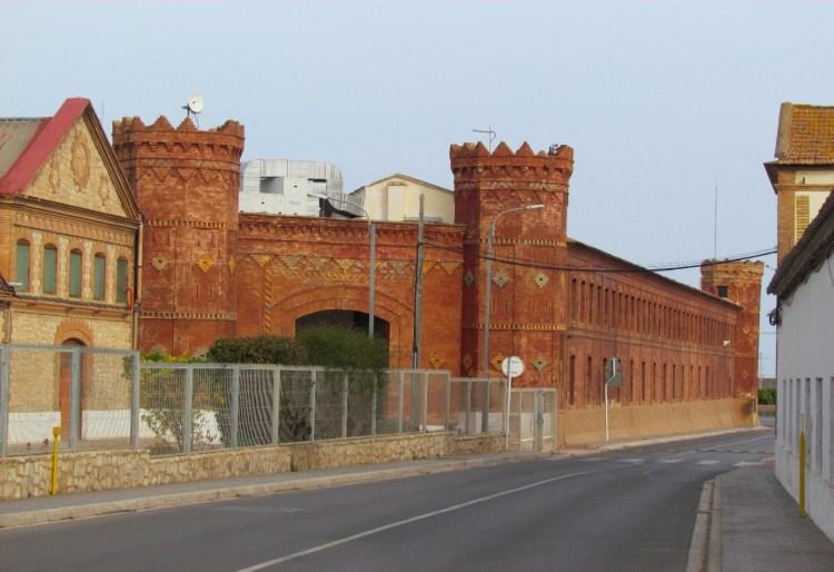 Antigua fábrica de Nolla en la actualidad, propiedad de Schneider Electric que compró la fábrica en el año 1979. Fuente: hansvanlemmen.co.uk