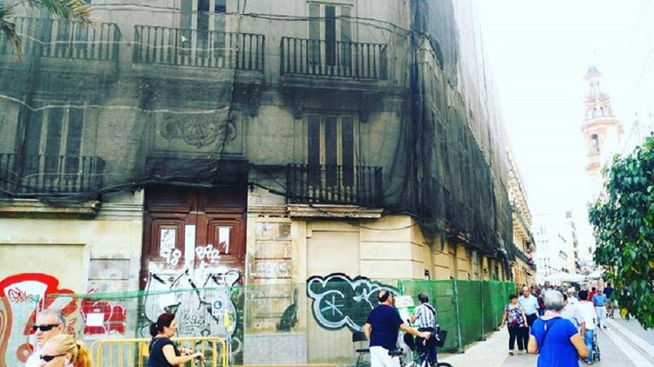 Remember Valencia: desaparece por completo toda la decoración de la Casa de los Dulces
