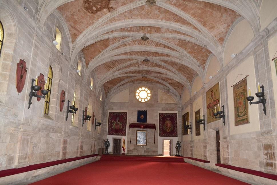 Salón del Trono 9