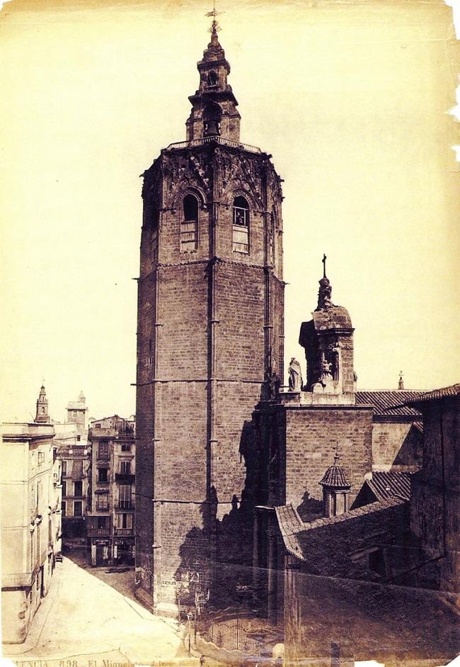 El Miguelete,1870.J.Laurent.