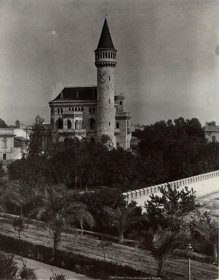 Palacio de Ripalda (construcción entre 1882-1885), fotografía de 1888 de Léon et Lévy en Valencia. El Palacio fue derribado en 1968.