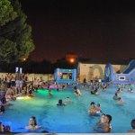 Aperturas nocturnas de la piscina del Parque del Oeste con fiestas temáticas