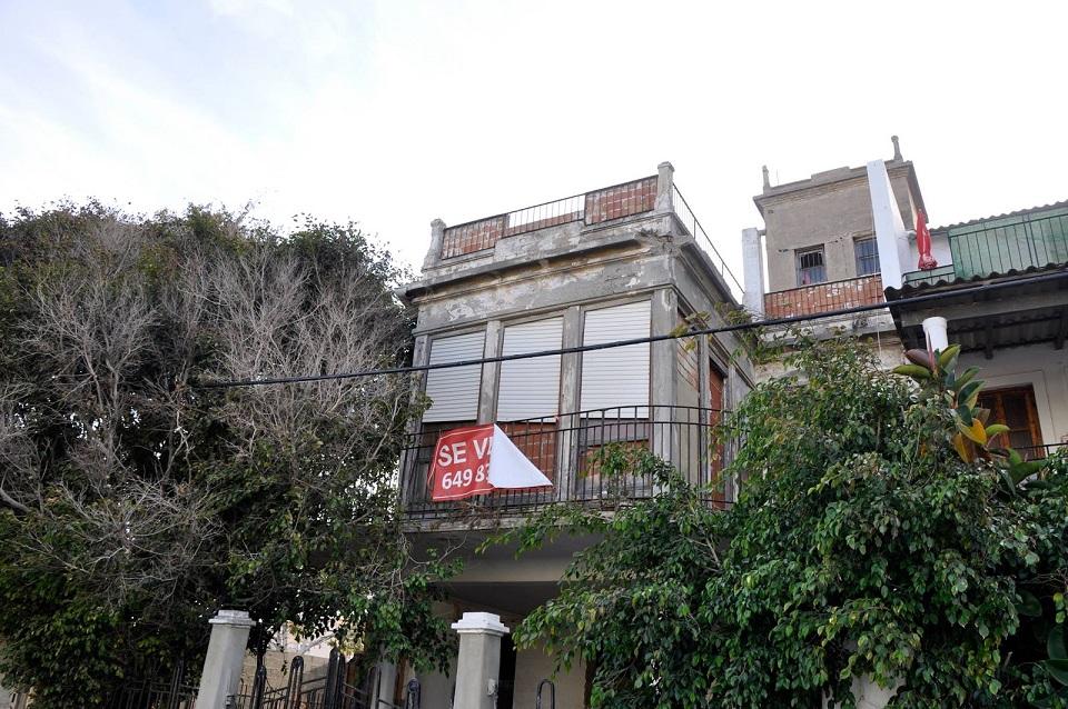 La casa de veraneo de Demetrio Ribes, el gran arquitecto de la Estación del Norte, en ruinas