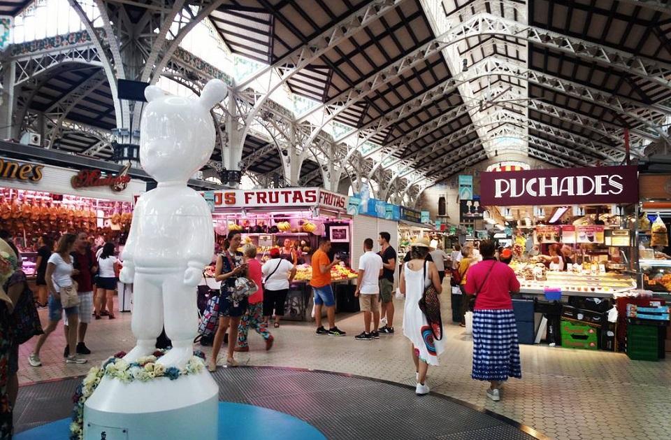 Una curiosa figura de Lladró estará bajo la cúpula del Mercado Central hasta el 15 de septiembre