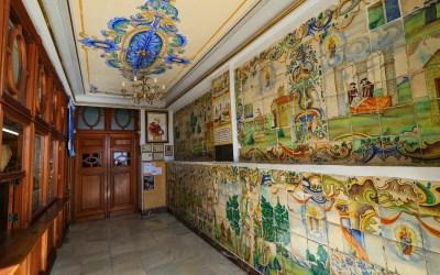 El precioso vestíbulo del Santuario de la Virgen del Castillo de Cullera