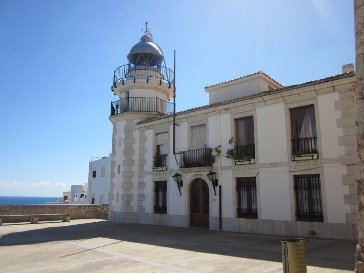 faro Peniscola_Valencia.jpg