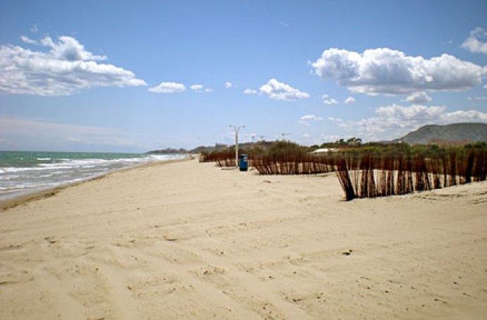 playa torre de la sal_fkk strand.jpg