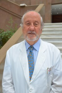 El doctor Rafael Carmena ha sido distinguido por la universidad peruana/Incliva