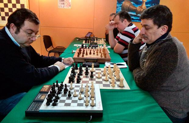 Un momento del torneo Humanos vs Computadoras de Ajedrez celebrado en La Petxina.
