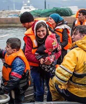 los equipos comenzaron a rescatar rápidamente a tantas personas como les fue posible. (Foto-MSF)