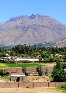 El cerro Tunari, cerca de la ciudad de Cochabamba (Bolivia).