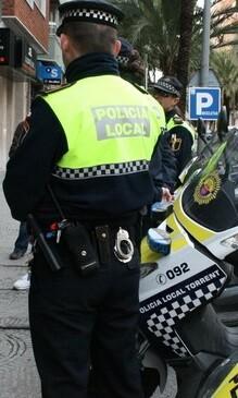 """La concejala de Protección Ciudadana asegura que """"los policías seguirán al servicio de los más vulnerables""""."""