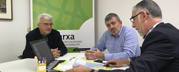 Pep Carreres, Josep Bort y Maximiliano Cuevas durante el transcurso de la reunión de trabajo. - copia