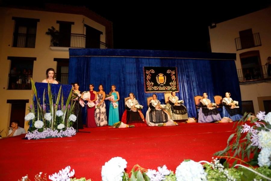Idoia Bernat, proclamada reina de las fiestas de Vilafamés en un emotivo acto (3)