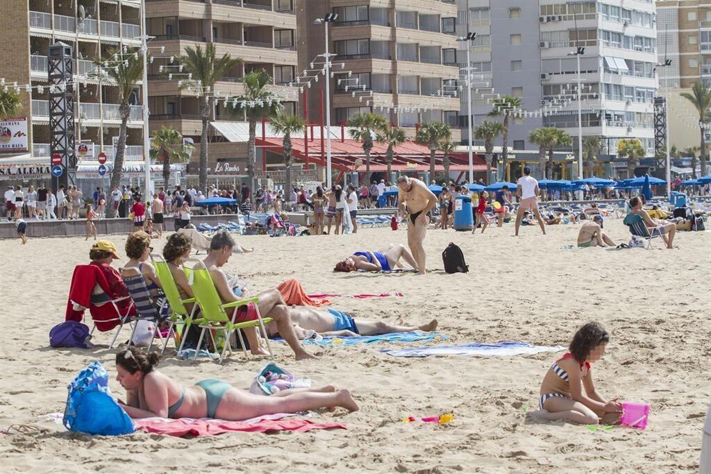 Benidorm solicitará a la Generalitat que le reconozca como municipio turístico valenciano