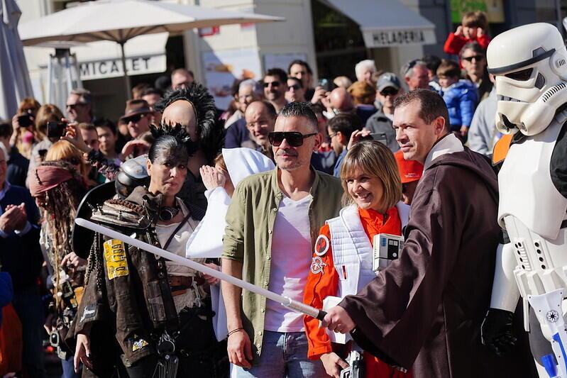 Las mejores BSO de superhéroes suenan en la Plaza de la Virgen de València en la antesala la próxima semana del Salón del Cómic en Feria Valencia (2)