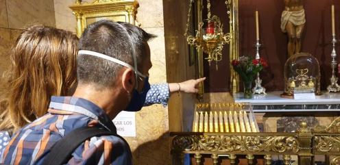 La Dra. Ana Mafé acompaña a la televisión francesa en busca de localizaciones para una grabación sobre el Santo Grial 20200706_090824 (22)