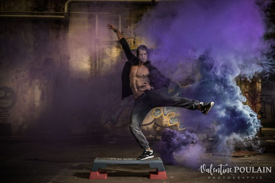 Shooting fitness fumigènes - Valentine Poulain