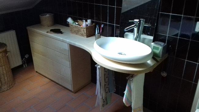 Meuble de salle de bain en érable Suisse