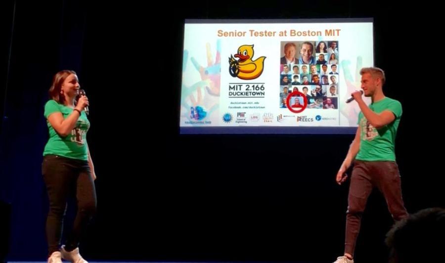 Masterclass Incontriamo la robotica Valeria Cagnina e Francesco Baldassarre