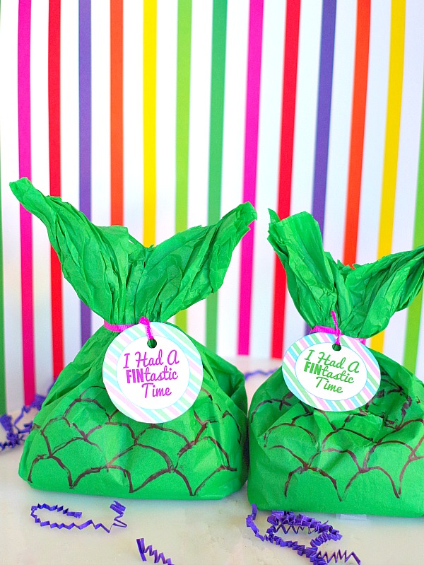 DIY Mermaid Tail Party Favor Bags and Printable Tags | Val Event Gal