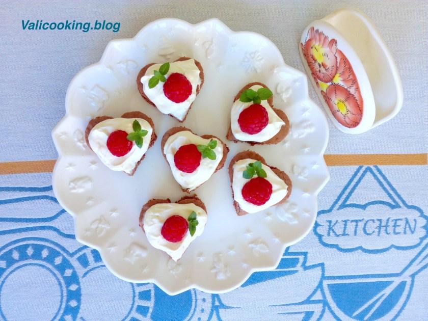 Raspberry Cocoa Mascarpone Cakes Recipe