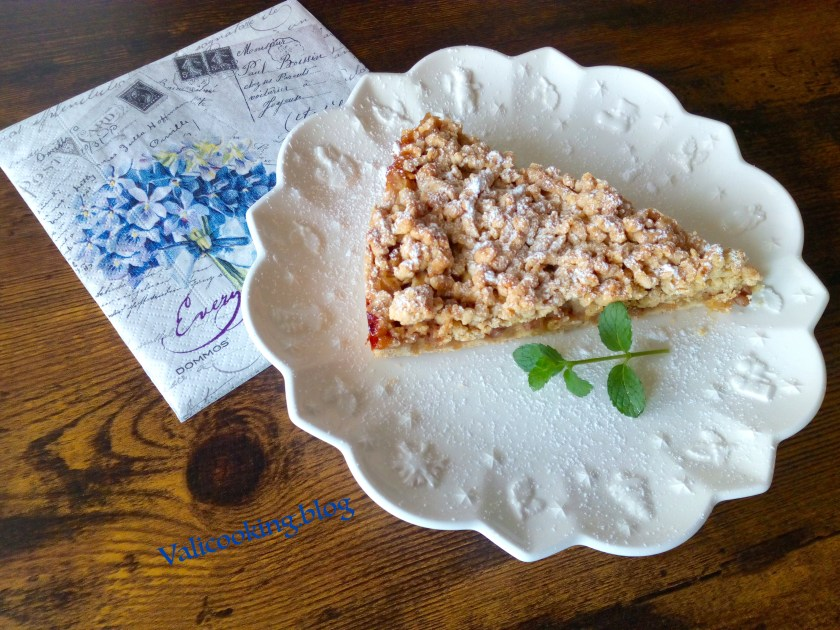 Crumble Apple Cake with Walnuts